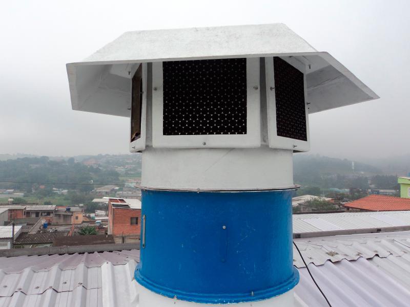 Exaustor axial para telhado